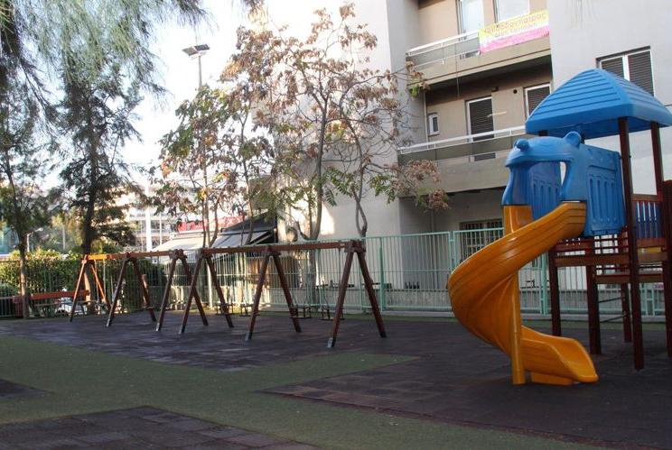 Κλειστή, λόγω απεντόμωσης, η παιδική χαρά επί της οδού Σύρου, έως και την Κυριακή 19 Σεπτεμβρίου 2021